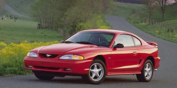 Ford Mustang certains modèle de cette voiture de sport sont vraiment pas chers